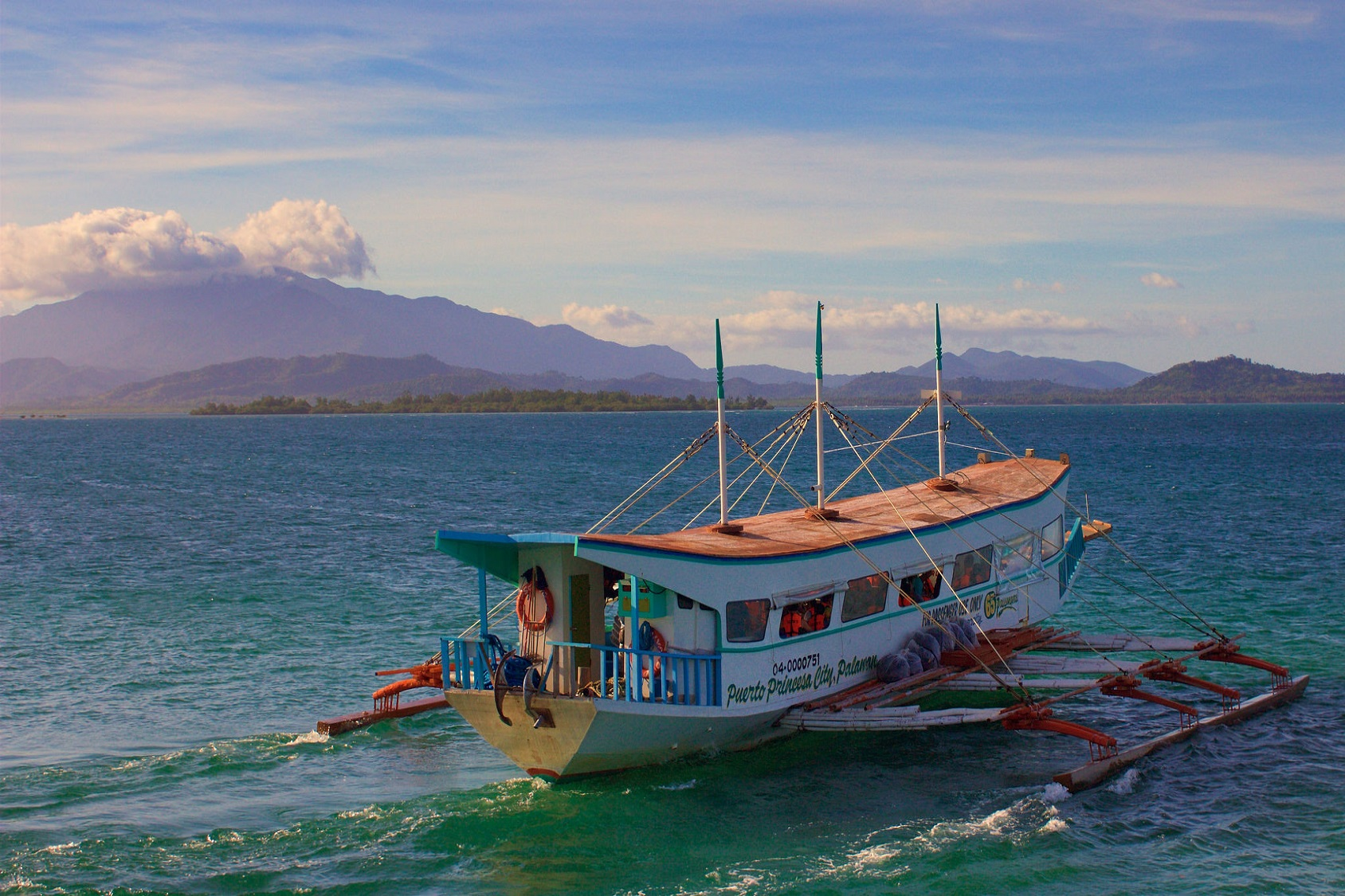 Ferry Service Palawan Slow Boat, Banca, El Nido, Coron, Outrigger Boat